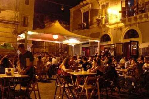 03._terraza_del_agora_hostel.jpg