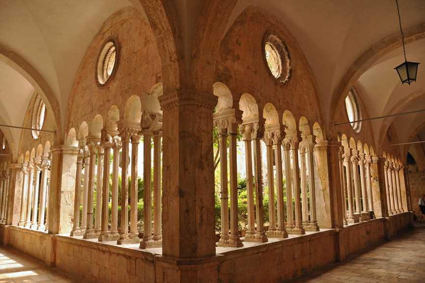 dubrovnik-monasterio-franciscano-2