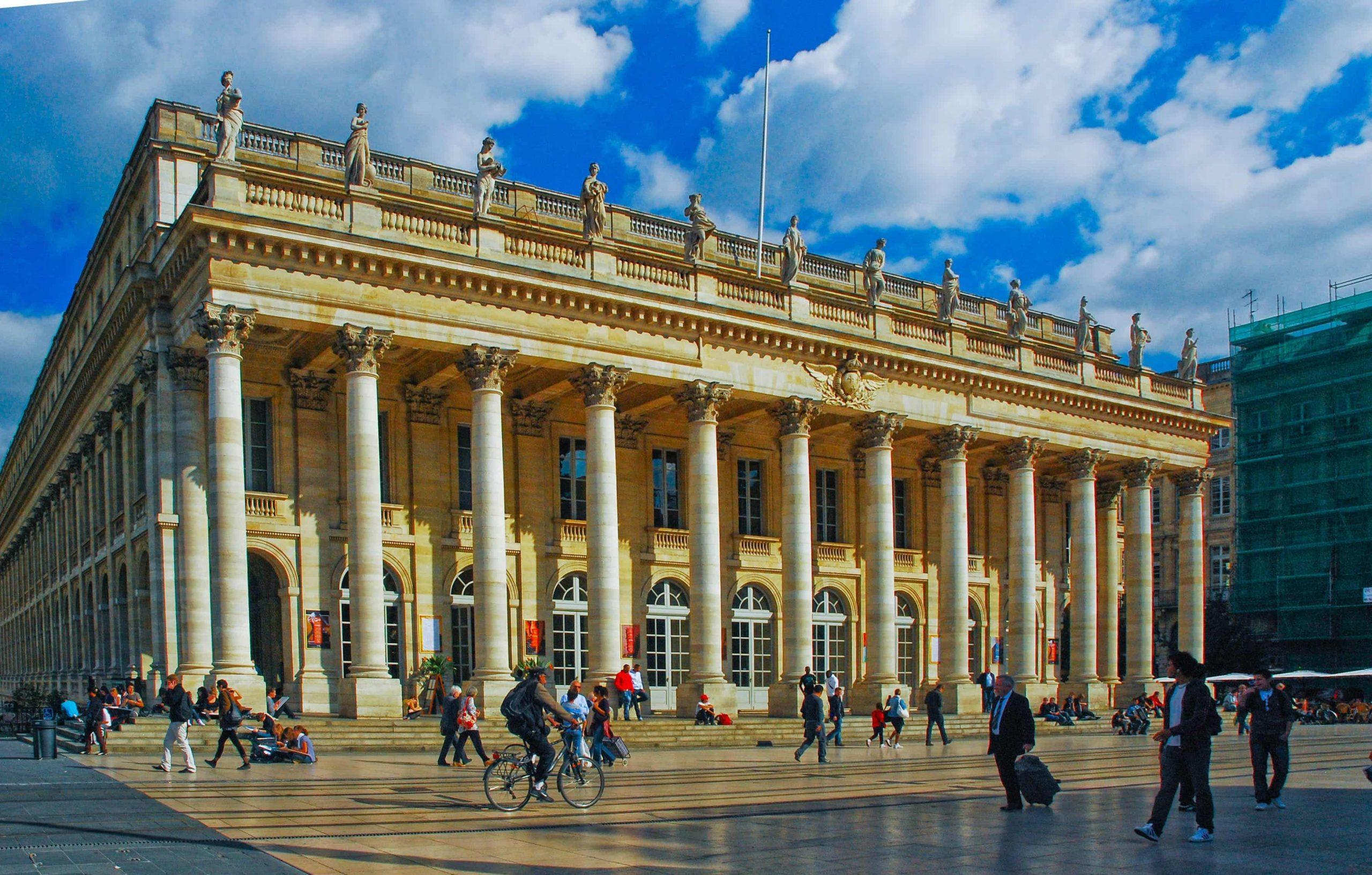 Il Grand-Théâtre, gioiello architettonico di Bordeaux