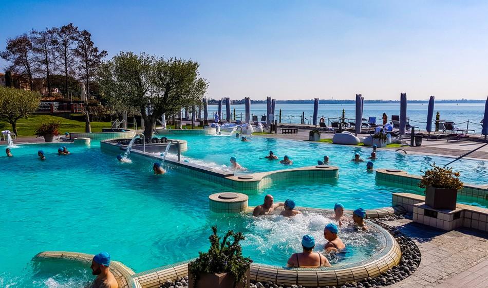 aquaria sirmione piscine esterno