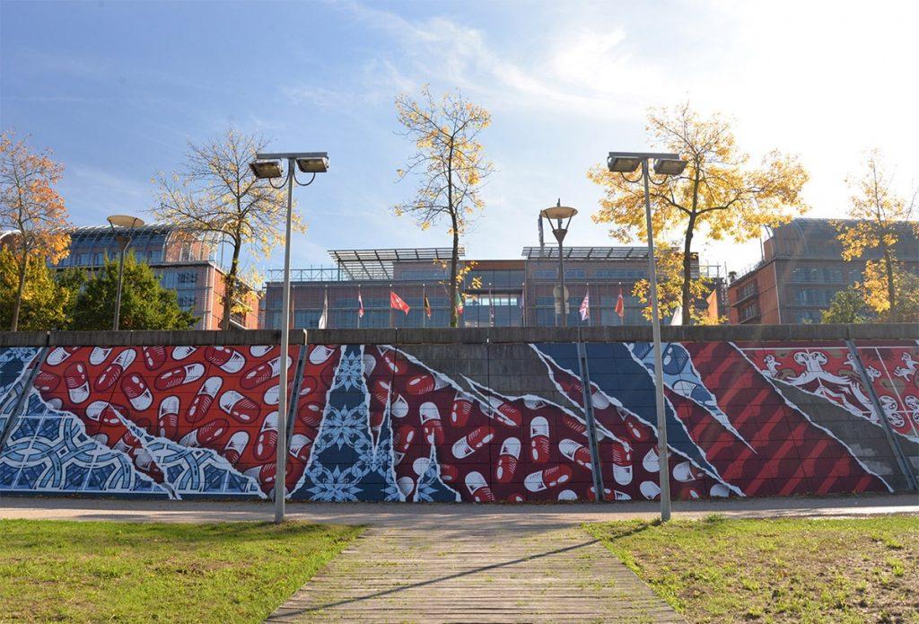 street art add fuel lyon